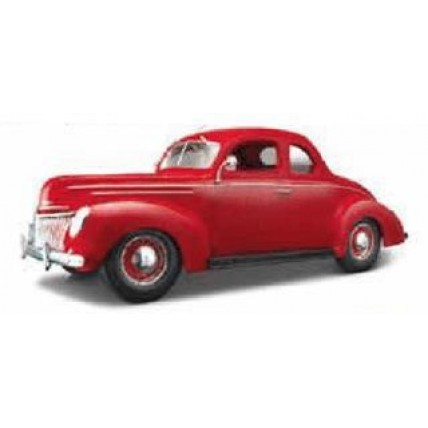1:18 1939 Ford Deluxe Coupe